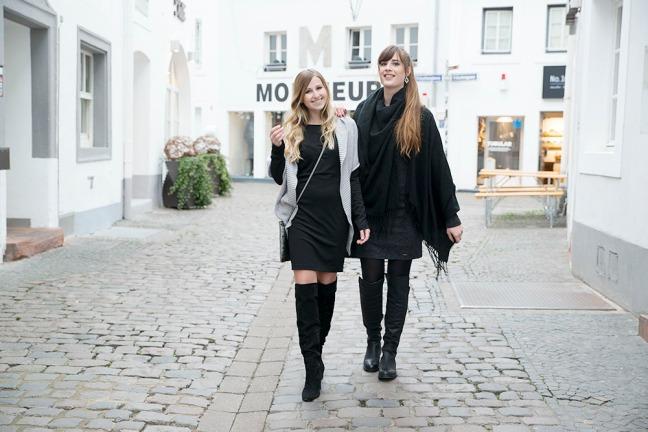 Maracujabluete-Modeblog-Mannheim-Andysparkles-Saarbruecken-Overknees-Strick-Outfit-1