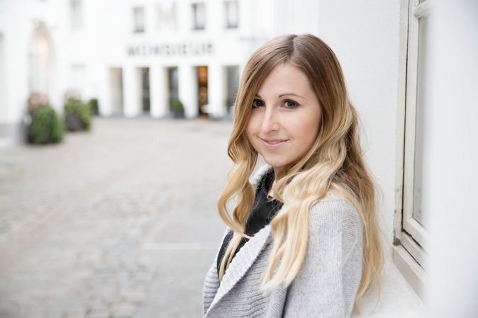 Maracujabluete-Modeblog-Mannheim-Andysparkles-Saarbruecken-Overknees-Strick-Outfit-6