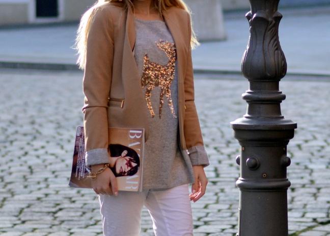 Maracujabluete-Modeblog-Outfit-Weihnachten-Festtage-Camel-Glitzer-1
