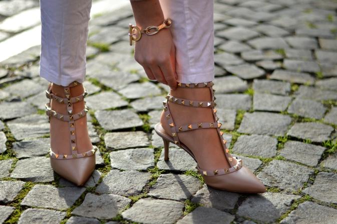 Maracujabluete-Modeblog-Outfit-Weihnachten-Festtage-Camel-Glitzer-24