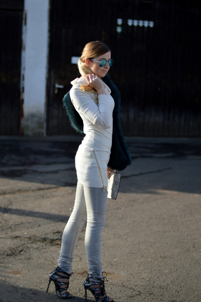 Maracujabluete-Modeblog-Outfit-Winter-Fellstola-Petrol-Ischgl-4