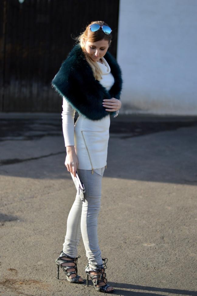 Maracujabluete-Modeblog-Outfit-Winter-Fellstola-Petrol-Ischgl-6