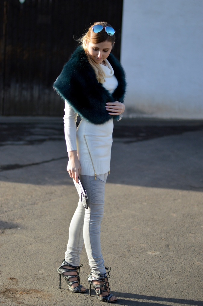 Maracujabluete-Modeblog-Outfit-Winter-Fellstola-Petrol-Ischgl-6