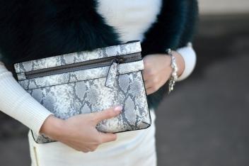 Maracujabluete-Modeblog-Outfit-Winter-Fellstola-Petrol-Ischgl-Look-1