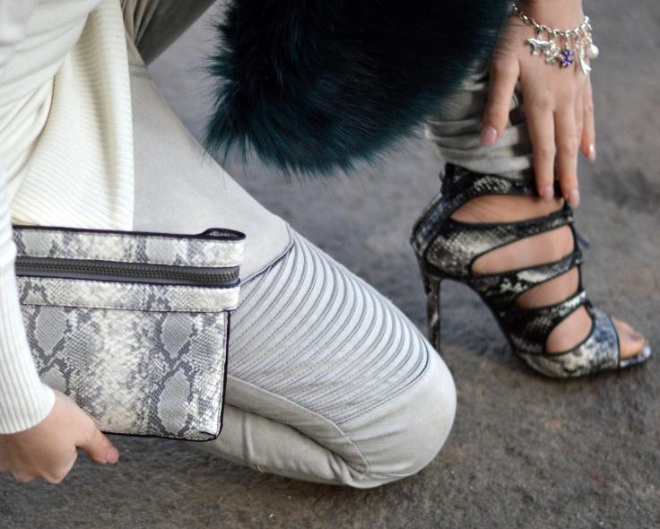 Maracujabluete-Modeblog-Outfit-Winter-Fellstola-Petrol-Ischgl-Look-5