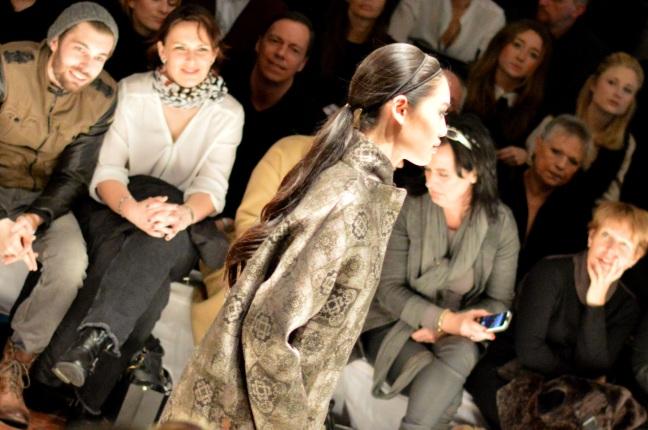 Maracujabluete-Modeblog-Duesseldorf-Styleranking-Fashionbloggercafe-Plattform-Annette-Görtz-6