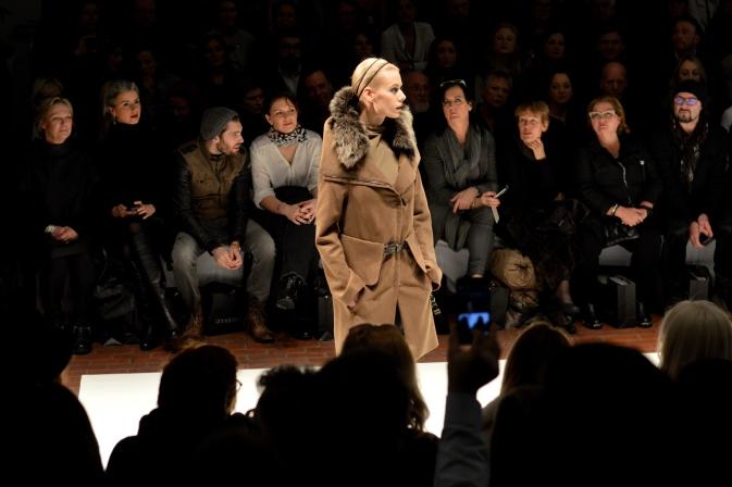 Maracujabluete-Modeblog-Duesseldorf-Styleranking-Fashionbloggercafe-Plattform-Annette-Görtz