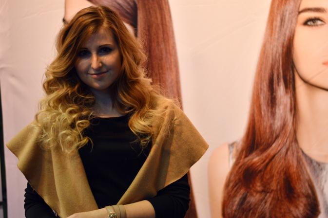 Maracujabluete-Modeblog-Duesseldorf-Styleranking-Fashionbloggercafe-Plattform-ghd-locken-5