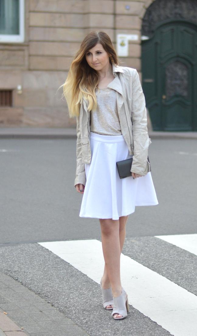 Maracujabluete-Fashionblog-Modeblog-Mannheim-Duesseldorf-Outfit-gold-barcelona-midirock-streetstyle-11