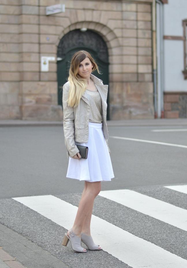 Maracujabluete-Fashionblog-Modeblog-Mannheim-Duesseldorf-Outfit-gold-barcelona-midirock-streetstyle-2