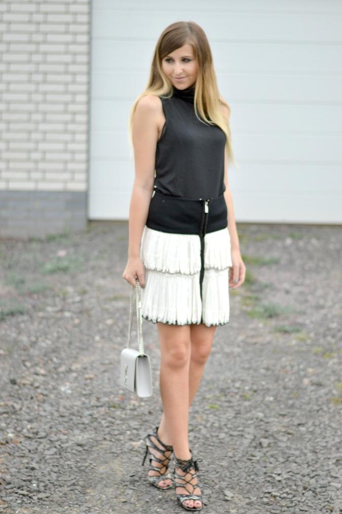 Maracujabluete-Fashionblog-Mannheim-Fashionweek-outift-isabelmarant-ysl-bag-12
