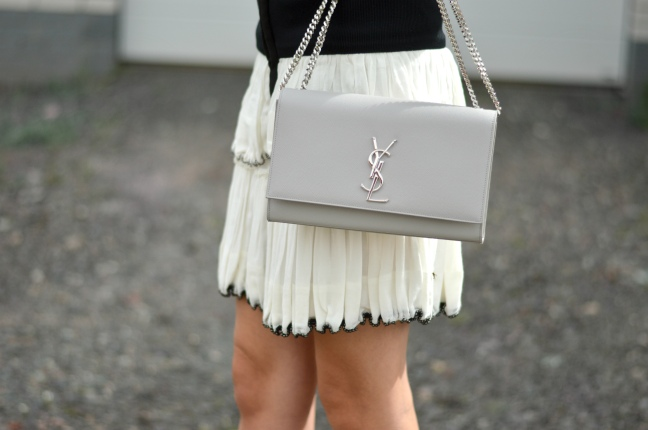 Maracujabluete-Fashionblog-Mannheim-Fashionweek-outift-isabelmarant-ysl-bag-17