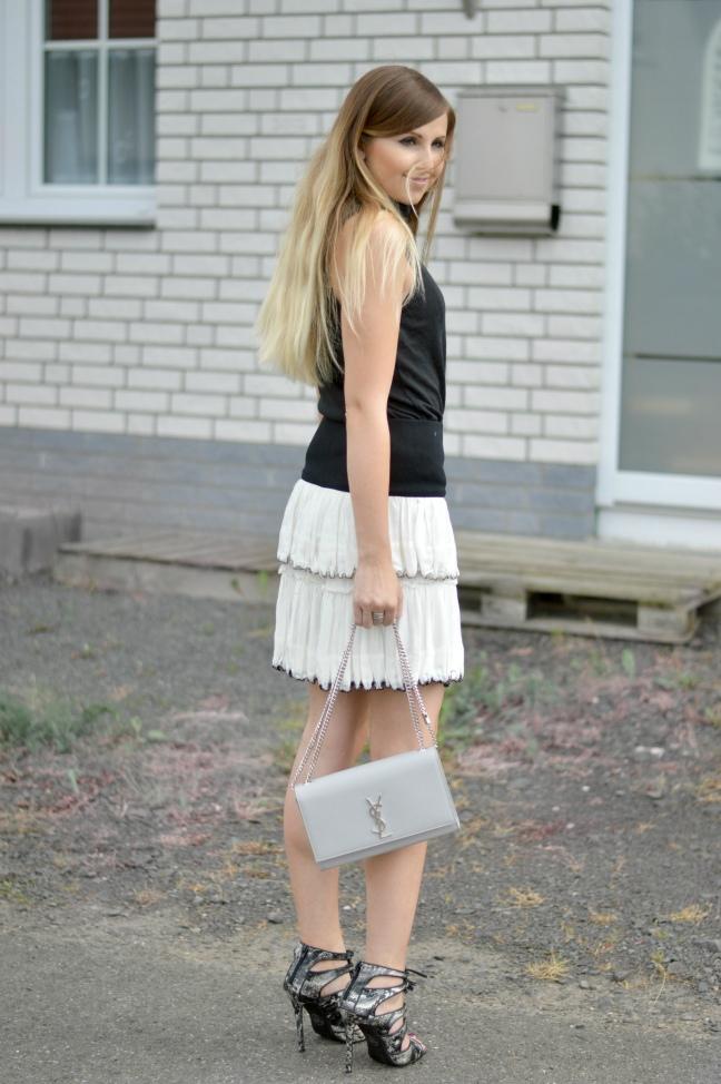 Maracujabluete-Fashionblog-Mannheim-Fashionweek-outift-isabelmarant-ysl-bag-6