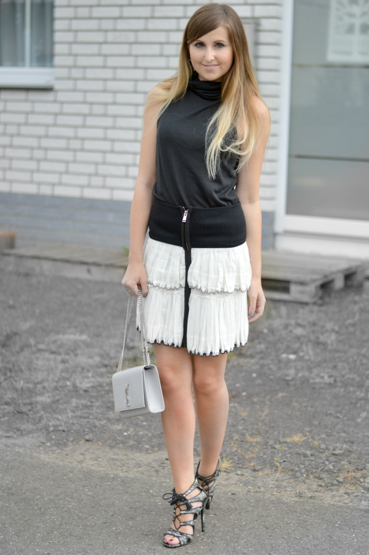 Maracujabluete-Fashionblog-Mannheim-Fashionweek-outift-isabelmarant-ysl-bag-8