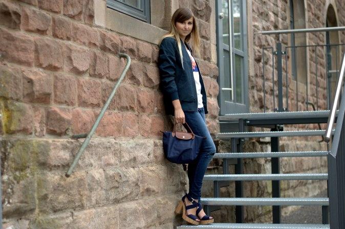 Maracujabuete-Fashionblog-Modeblog-Duesseldorf-Mannheim-Outfit-Mint-fashionweek-90ies-levis-bomberjacke-2