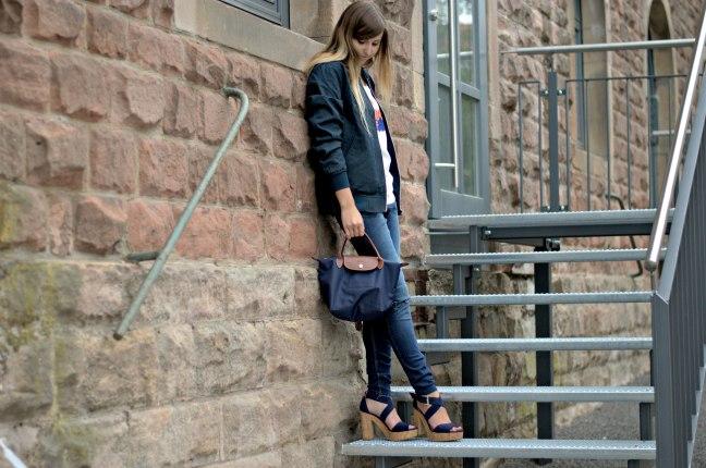 Maracujabuete-Fashionblog-Modeblog-Duesseldorf-Mannheim-Outfit-Mint-fashionweek-90ies-levis-bomberjacke-3