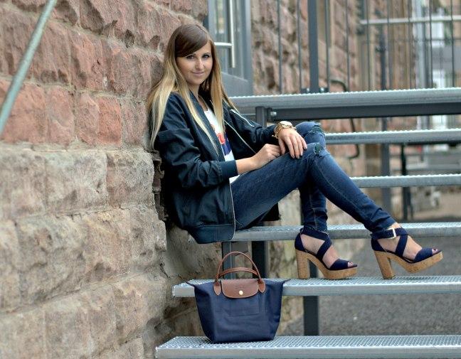 Maracujabuete-Fashionblog-Modeblog-Duesseldorf-Mannheim-Outfit-Mint-fashionweek-90ies-levis-bomberjacke-5