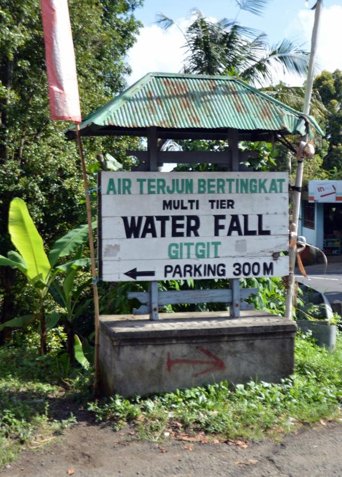 Maracujabluete-Reiseblog-Bali-Reisebericht-Gitgit-wasserfall-1