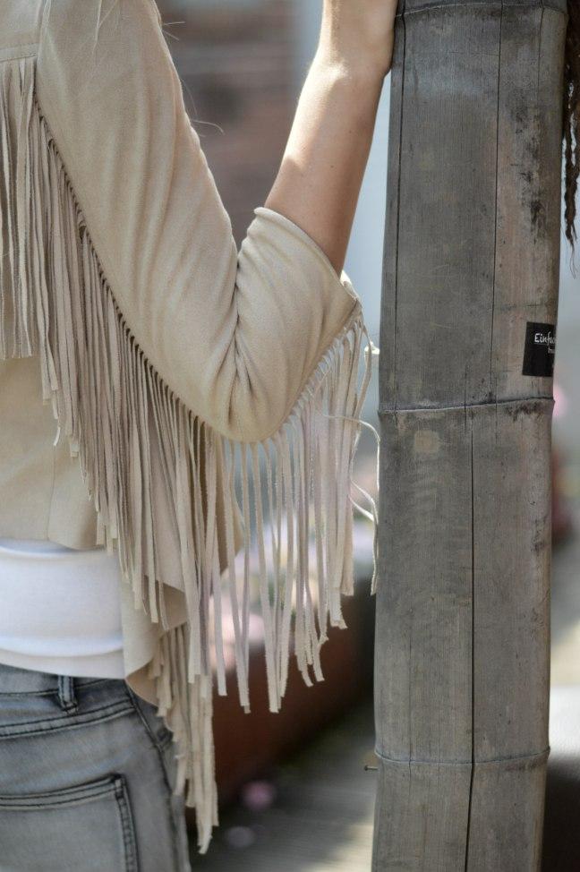 Maracujabluete-Fashionblog-mannheim-Fransenjacke-armcandy-Sommer-outfit-paulhewitt-anchor-11