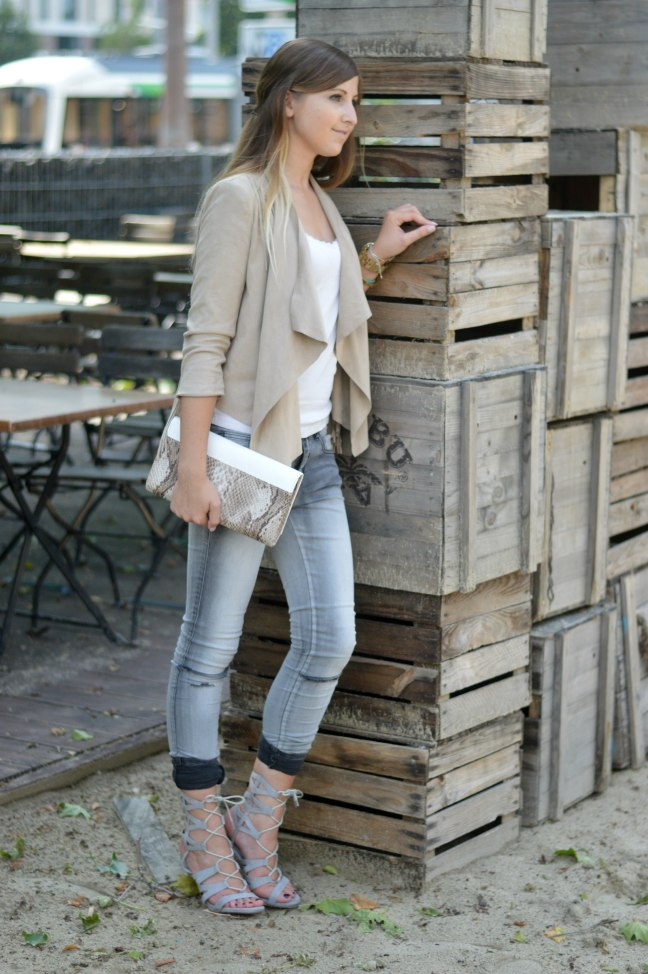 Maracujabluete-Fashionblog-mannheim-Fransenjacke-armcandy-Sommer-outfit-paulhewitt-anchor-9
