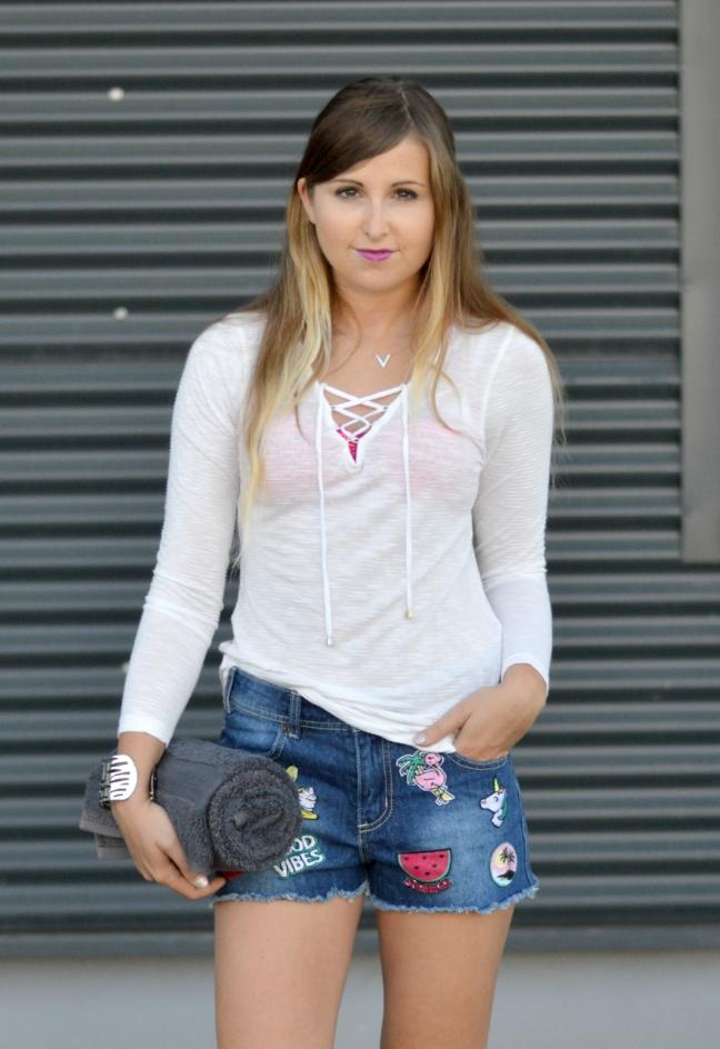 Maracujabluete-Fashionblog-Mannheim-Heidelberg-Outfit-Streetstyle-shorts-sommeroutfit-pink-aufnaeher-10