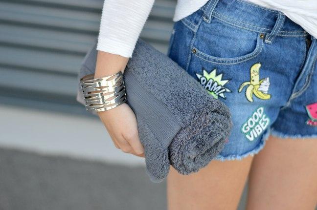 Maracujabluete-Fashionblog-Mannheim-Heidelberg-Outfit-Streetstyle-shorts-sommeroutfit-pink-aufnaeher-11