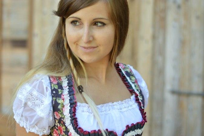 maracujabluete-fashionblog-mannheim-outfit-oktoberfest-dirndl-krueger-muenchen-23