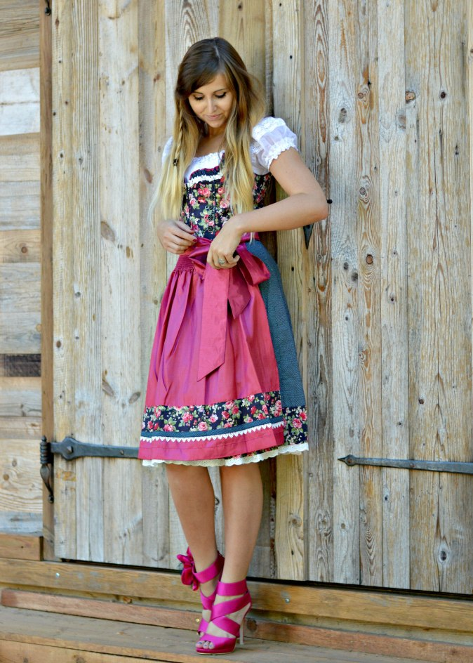 maracujabluete-fashionblog-mannheim-outfit-oktoberfest-dirndl-krueger-muenchen-99