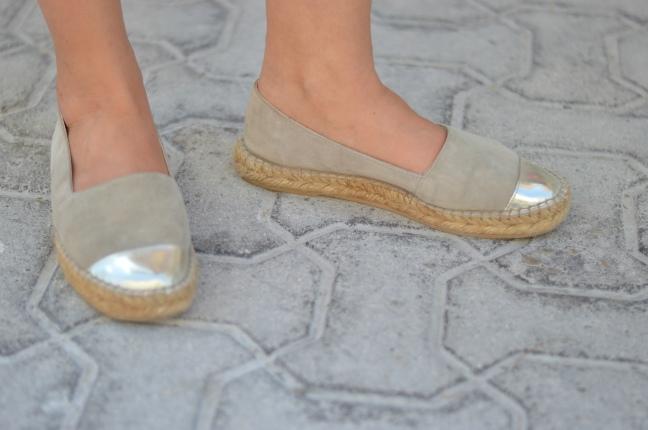 Maracujabluete-Fashionblog-Modeblog-Mainz-Frankfurt-Streetstyle-Beachlook-Mexico-Tulum-Lace-Body-Shorts-espadrilles-1