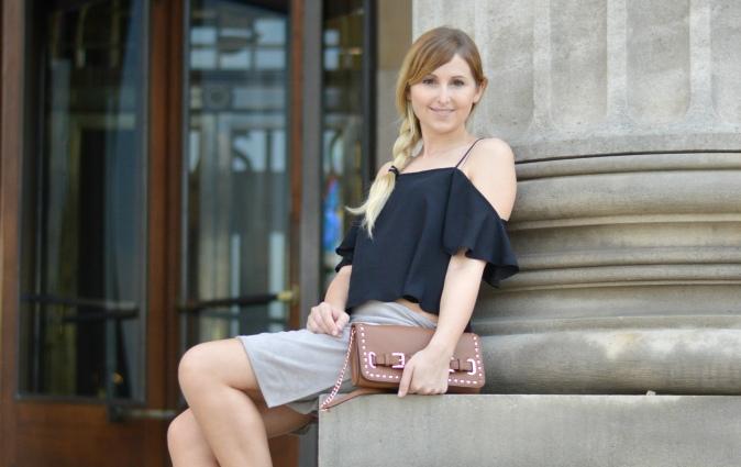 Maracujabluete-Fashionblog-Modeblogger-Mainz-Frankfurt-Wiesbaden-Outfit-off-shoulder-wildlederrock-1
