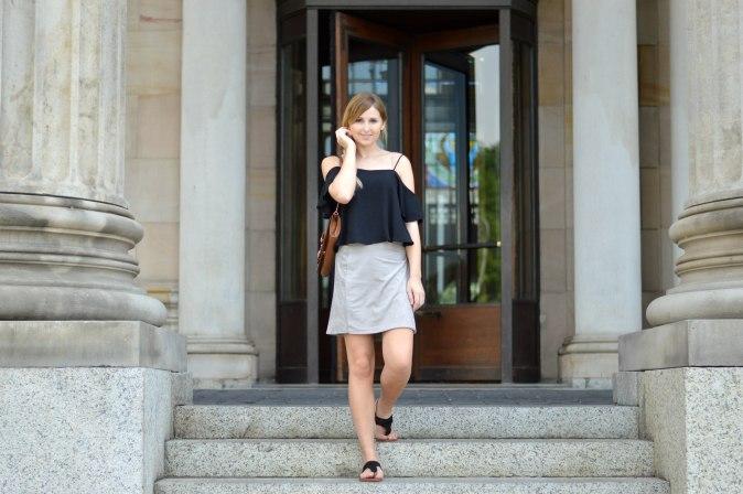 Maracujabluete-Fashionblog-Modeblogger-Mainz-Frankfurt-Wiesbaden-Outfit-off-shoulder-wildlederrock-6