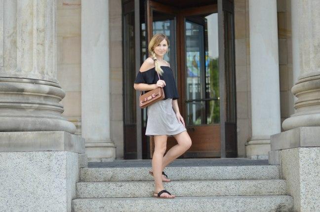 Maracujabluete-Fashionblog-Modeblogger-Mainz-Frankfurt-Wiesbaden-Outfit-off-shoulder-wildlederrock-7