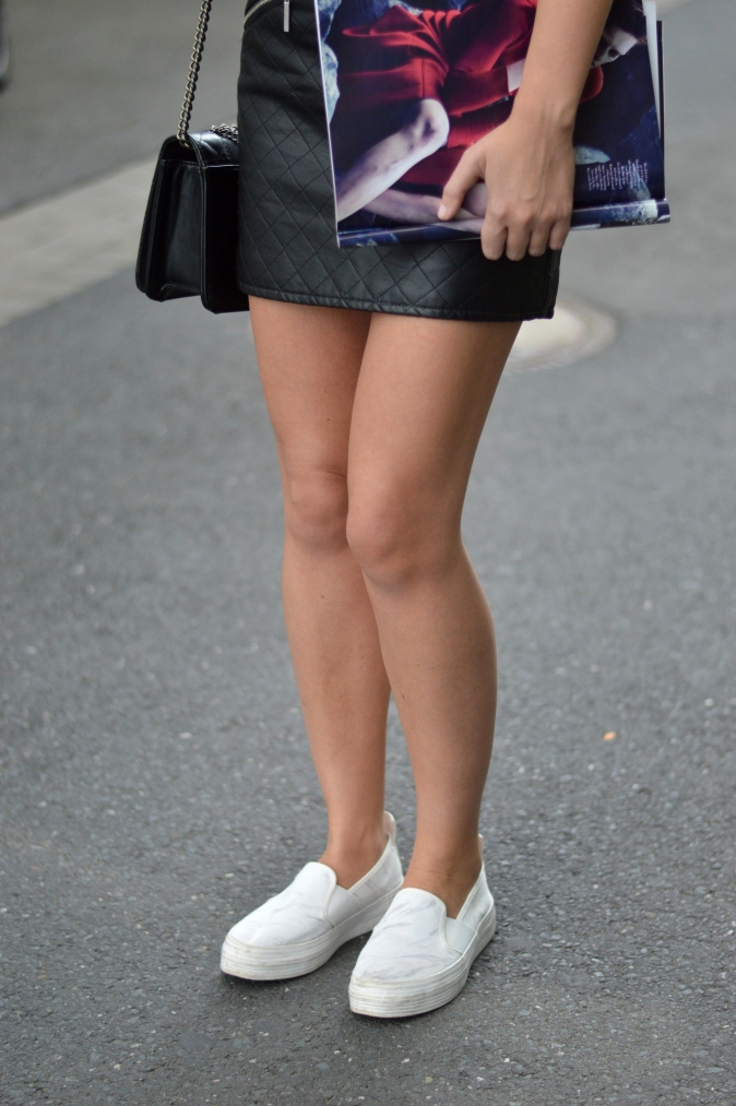 Maracujabuete-Fashionblog-Modeblog-Mainz-Frankfurt-Lederrock-Esprit-Shirt-Streetstyle-4