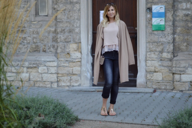 Maracujabuete-Fashionblog-Modeblog-Mainz-Frankfurt-Streetstyle-Cardigan-Sandalen-Sommeroutfit-Croptop-10