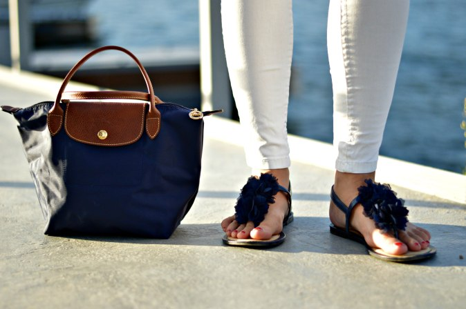 Maracujabuete-Fashionblog-Modeblog-Mainz-Frankfurt-Streetstyle-Sommeroutfit-Blumenprint-volanttop-hollister-2