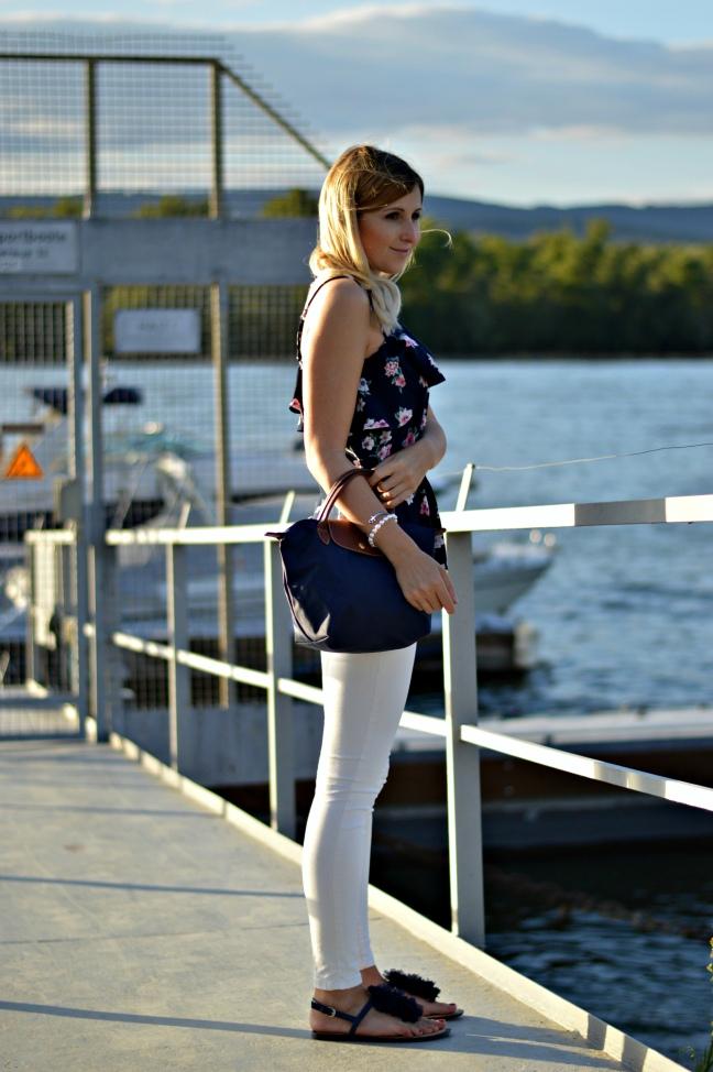 Maracujabuete-Fashionblog-Modeblog-Mainz-Frankfurt-Streetstyle-Sommeroutfit-Blumenprint-volanttop-hollister-5