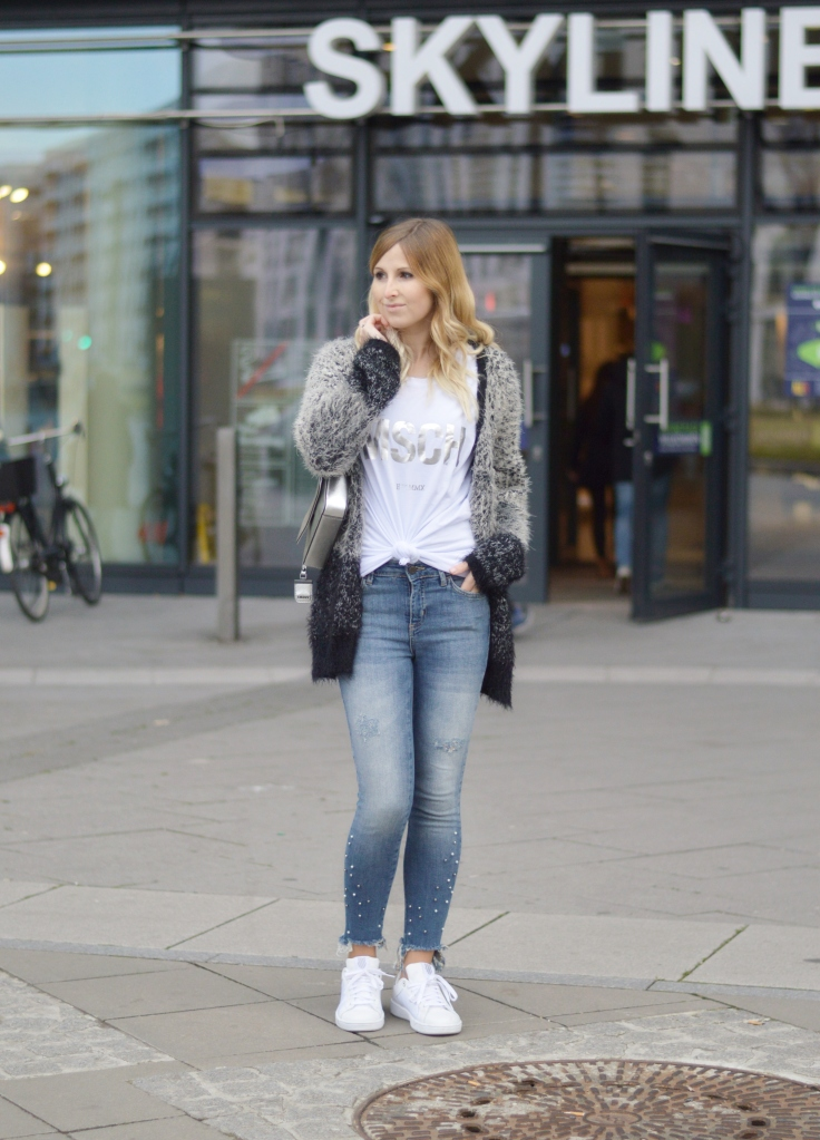 Maracujabluete-Fashionblog-Modeblogger-Mainz-Frankfurt-Outfit-streetstyle-herbst-sneakers-silber-cardigan-1