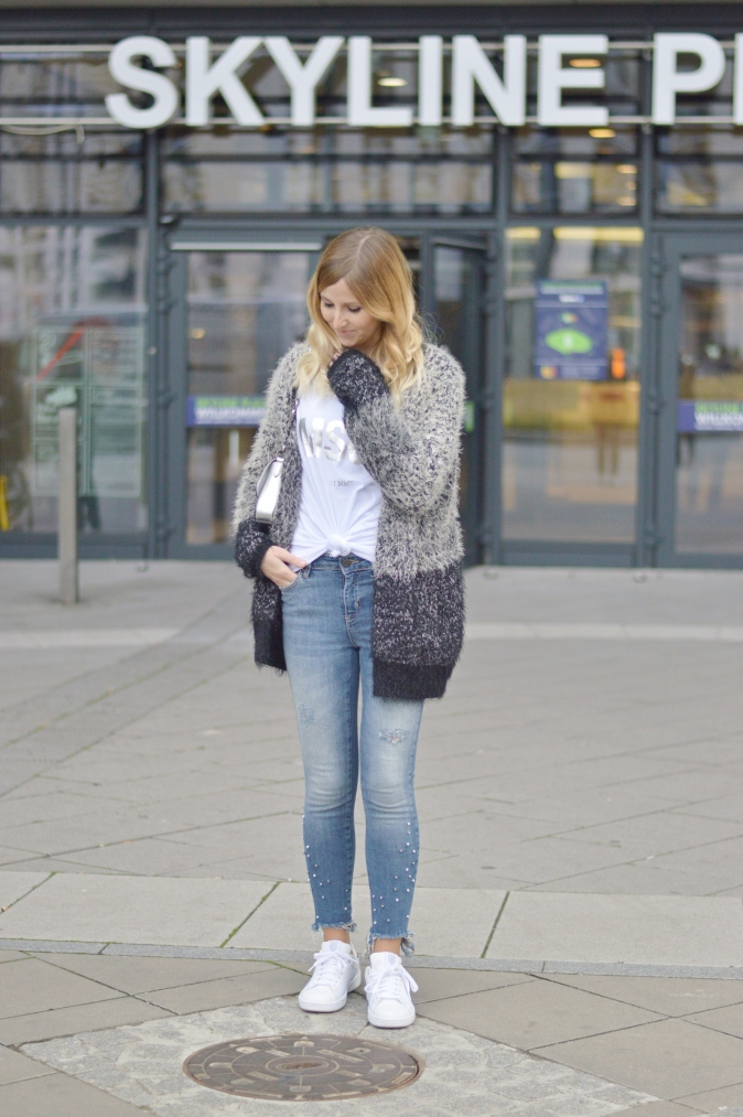 Maracujabluete-Fashionblog-Modeblogger-Mainz-Frankfurt-Outfit-streetstyle-herbst-sneakers-silber-cardigan-10