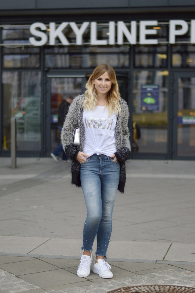 Maracujabluete-Fashionblog-Modeblogger-Mainz-Frankfurt-Outfit-streetstyle-herbst-sneakers-silber-cardigan-2