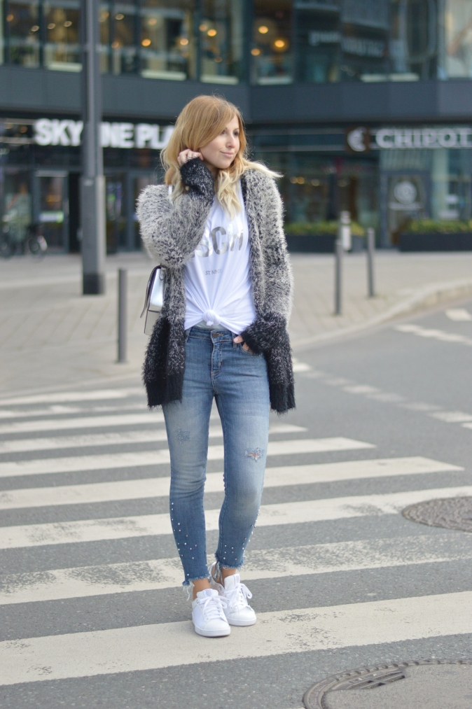 Maracujabluete-Fashionblog-Modeblogger-Mainz-Frankfurt-Outfit-streetstyle-herbst-sneakers-silber-cardigan-22