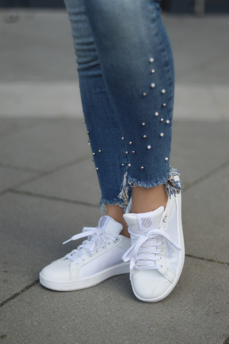 Maracujabluete-Fashionblog-Modeblogger-Mainz-Frankfurt-Outfit-streetstyle-herbst-sneakers-silber-cardigan-23