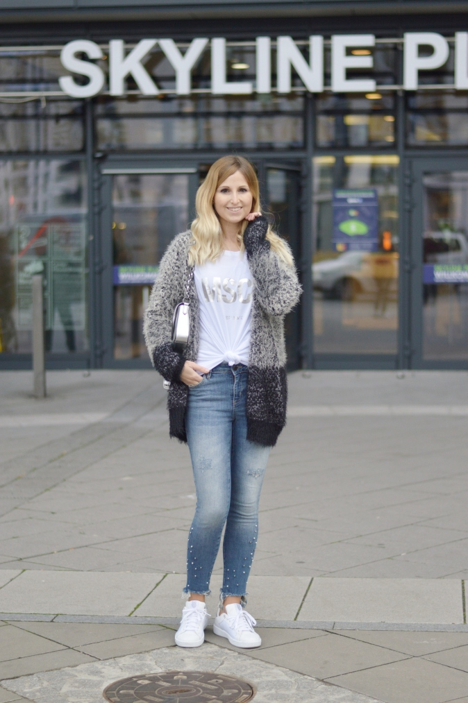 Maracujabluete-Fashionblog-Modeblogger-Mainz-Frankfurt-Outfit-streetstyle-herbst-sneakers-silber-cardigan-5