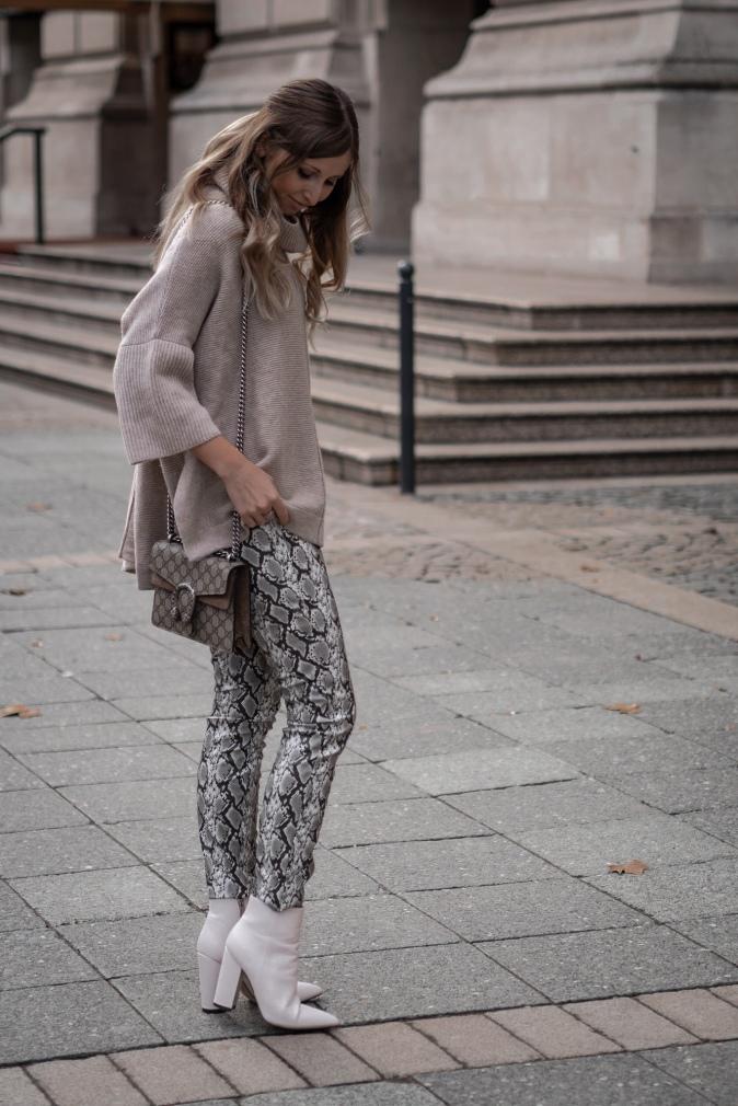Maracujabluete Fashionblog Frankfurt Ootd Frühling Strickpullover Byaylinkönig Schlangenprint
