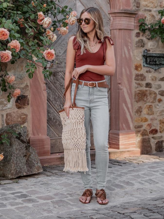Maracujabluete-Fashionblog-Modeblog-Frankfurt-Streetstyle-Body-Jeans