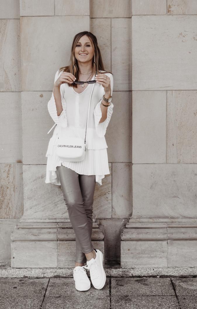 Maracujabluete-Fashionblog-Frankfurt-Outfit-Frühling-Longbluse